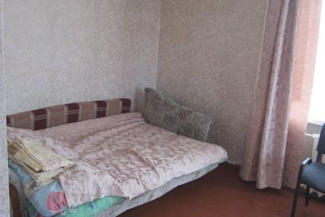Сдается 1-комнатная квартира посуточно в Северодвинске, Беломорский проспект, 20.
