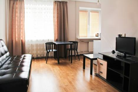 Сдается 2-комнатная квартира посуточнов Екатеринбурге, Карла Либкнехта 18.