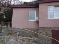 Сдается посуточно коттедж в Гурзуфе. 35 м кв. Рядом с домом по ул Ленинградской 76