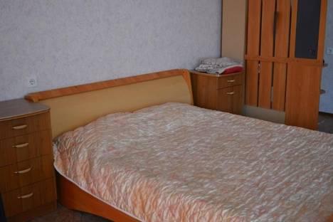 Сдается 1-комнатная квартира посуточнов Омске, ул. 2 Поселковая,16.