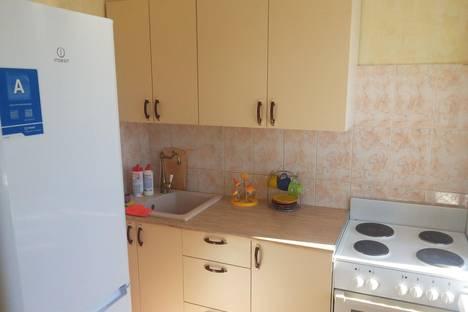 Сдается 2-комнатная квартира посуточнов Тюмени, ул. Луначарского, 51.