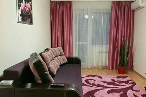 Сдается 2-комнатная квартира посуточнов Николаевке, Советская /32.