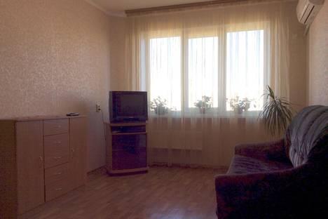Сдается 2-комнатная квартира посуточно в Керчи, Кирова 109.