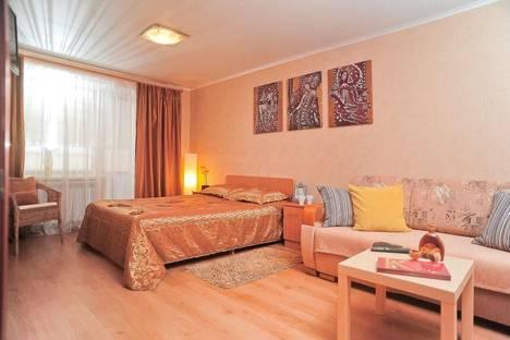 Сдается 1-комнатная квартира посуточно, ул. Попова, 30.