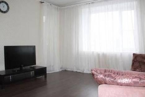 Сдается 3-комнатная квартира посуточнов Тюмени, Малыгина 58.