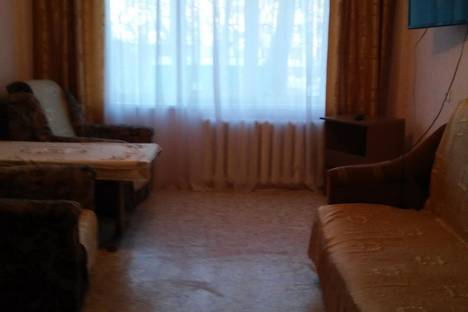 Сдается 2-комнатная квартира посуточно в Благовещенске, ул. Чайковского, 23.