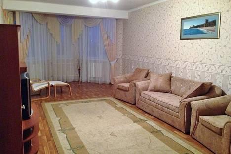 Сдается 2-комнатная квартира посуточно в Орле, советская 20.