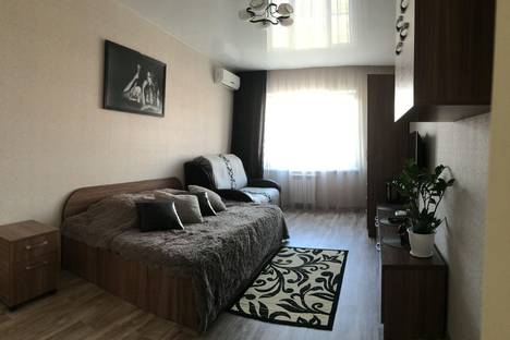 Сдается 1-комнатная квартира посуточно в Пензе, Тернопольская 18.