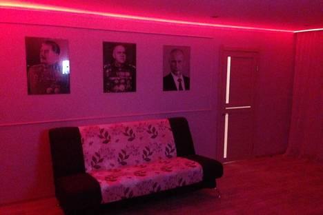 Сдается 1-комнатная квартира посуточно в Абакане, ул. Карла Маркса, 23.