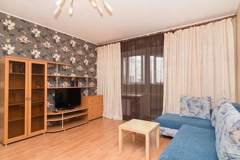 Сдается 2-комнатная квартира посуточнов Екатеринбурге, Крылова, 27.