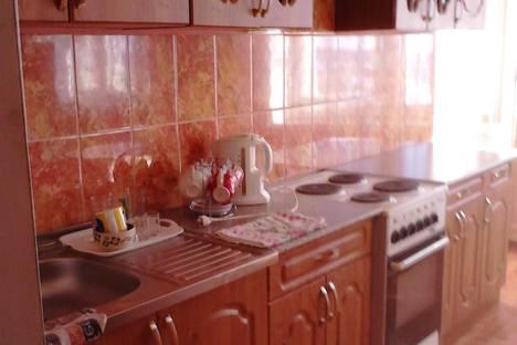 Сдается 2-комнатная квартира посуточно в Нефтекамске, ул. Ленина, 45А.