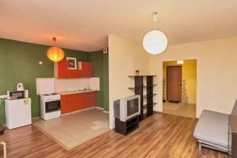 Сдается 1-комнатная квартира посуточнов Ревде, Екатеринбург, Готвальда улица, д. 14, корп. а.
