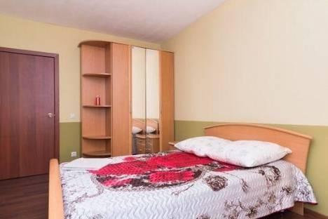 Сдается 1-комнатная квартира посуточнов Ревде, Екатеринбург, Шевелева улица, д. 7.