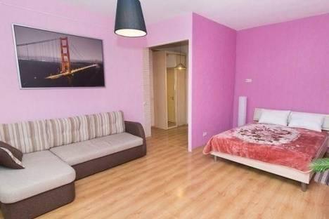 Сдается 1-комнатная квартира посуточно в Ревде, Екатеринбург, Куйбышева улица, д. 57.