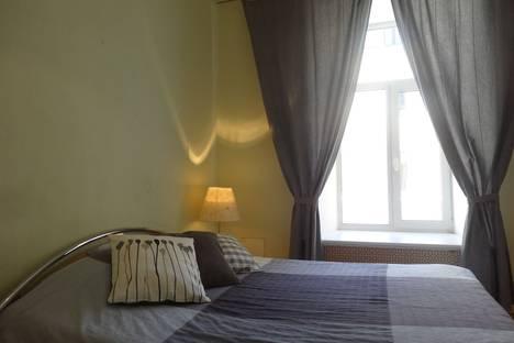 Сдается 2-комнатная квартира посуточно в Санкт-Петербурге, наб. реки Мойки 55.