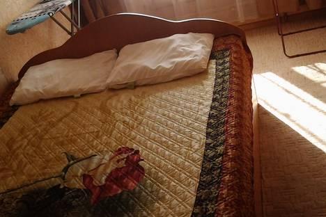 Сдается 2-комнатная квартира посуточнов Чебоксарах, ул. Энгельса, 3/1.