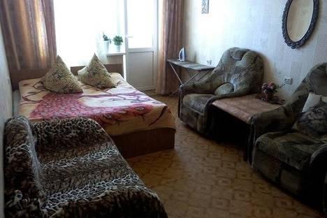 Сдается 1-комнатная квартира посуточно в Альметьевске, Гафиатуллина 10.