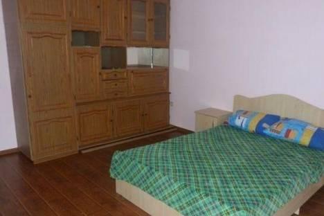 Сдается 2-комнатная квартира посуточно в Сочи, Демократическая улица, д. 106.
