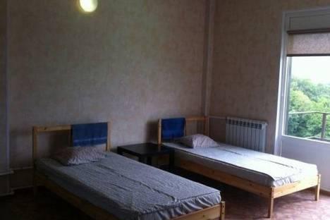 Сдается 1-комнатная квартира посуточно в Сочи, Пятигорская улица, д. 64.