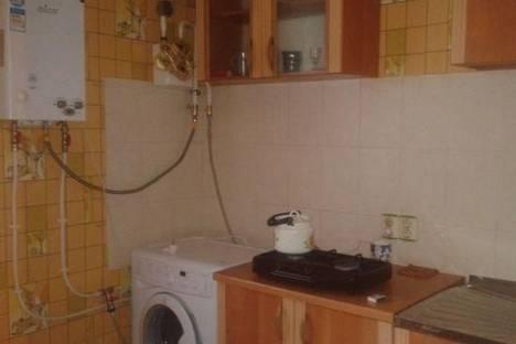 Сдается 1-комнатная квартира посуточно в Керчи, ул. 1-й Пятилетки, 27А.