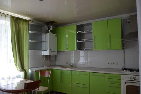 Сдается 3-комнатная квартира посуточно, ул. им Кирова, д. 206.