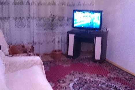 Сдается 2-комнатная квартира посуточно в Благовещенске, ул. Амурская, 120.