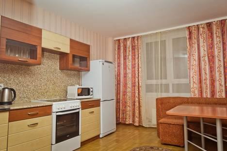 Сдается 4-комнатная квартира посуточнов Кстове, Волжская набережная, 23.