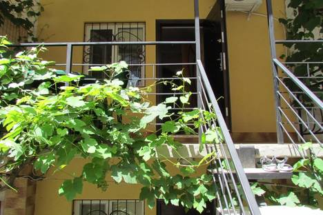 Сдается 1-комнатная квартира посуточнов Алуште, Ленина 3.