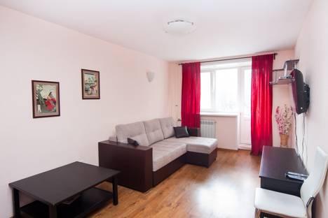 Сдается 2-комнатная квартира посуточно в Архангельске, ул. Садовая , дом 12.