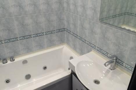 Сдается 1-комнатная квартира посуточнов Ангарске, 32 микрорайон,4.