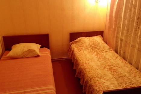 Сдается 2-комнатная квартира посуточнов Новомосковске, Берёзовая 10.