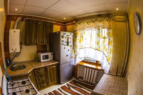 Сдается 2-комнатная квартира посуточно в Кисловодске, ул. Широкая, д.31.