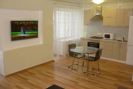 Сдается 2-комнатная квартира посуточнов Омске, Красный Путь, 18.
