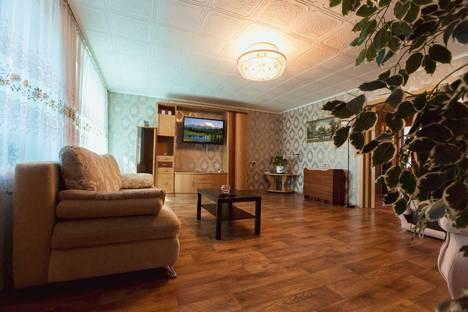 Сдается 2-комнатная квартира посуточнов Нефтекамске, Парковая, 19.