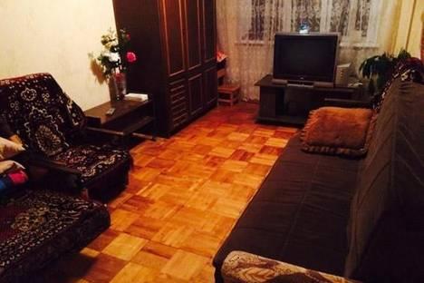 Сдается 1-комнатная квартира посуточно в Дмитрове, Внуковская 33а.