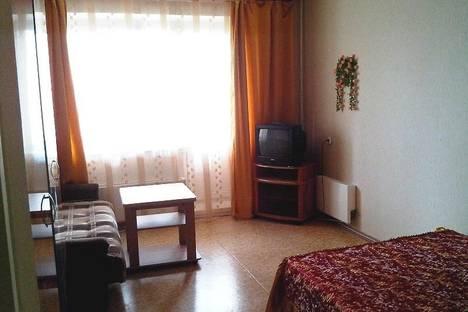Сдается 2-комнатная квартира посуточно, Московский микрорайон д.16.