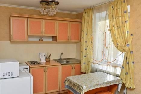 Сдается 1-комнатная квартира посуточно в Караганде, пр. Абдирова 19.
