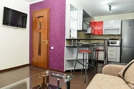 Сдается 2-комнатная квартира посуточно в Караганде, Толепова 7.