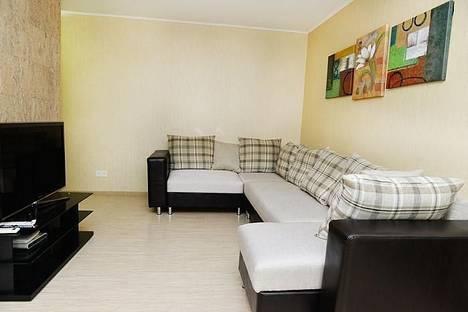 Сдается 2-комнатная квартира посуточно в Караганде, Ермекова 37.