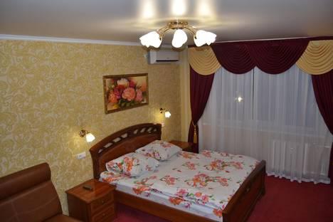 Сдается 2-комнатная квартира посуточнов Нижнекамске, проспект Мира, 72.