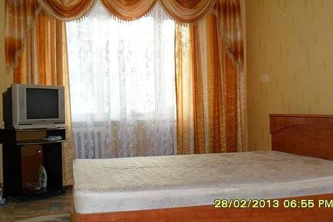 Сдается 1-комнатная квартира посуточно в Актобе, пр.Абая, дом 7.