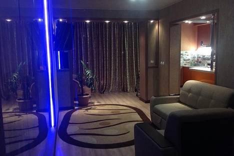 Сдается 2-комнатная квартира посуточнов Актау, 9 микрорайон 14 дом.