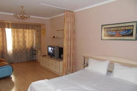 Сдается 1-комнатная квартира посуточно в Алматы, проспект Достык, 204.