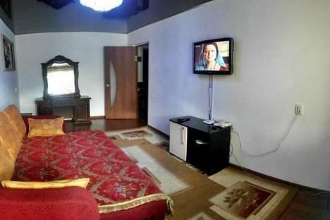 Сдается 1-комнатная квартира посуточно в Атырау, ул.Махамбета 128.