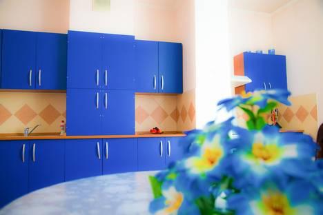 Сдается 2-комнатная квартира посуточно в Алматы, ул. Солодовникова, д. 23.