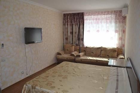 Сдается 1-комнатная квартира посуточно в Астане, Сейфуллина, 5.