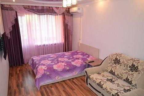 Сдается 1-комнатная квартира посуточно в Астане, пр. Республики, 28.