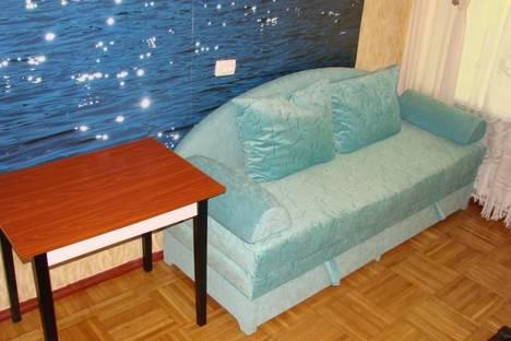 Сдается 3-комнатная квартира посуточно в Ялте, ул. Лениградская д.2.
