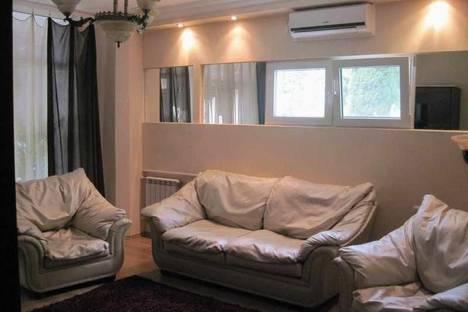 Сдается 2-комнатная квартира посуточно в Партените, ул.Солнечная. дом 11.