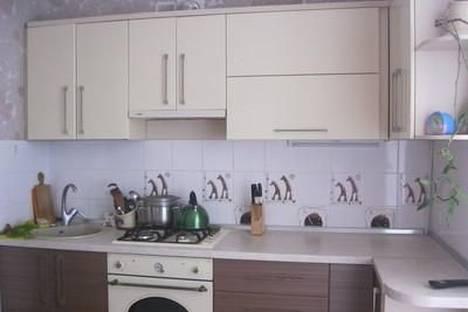 Сдается 2-комнатная квартира посуточно в Новом Свете, ул.Шаляпина д.7.